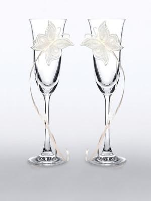 2 gab, Šampānieša glāzes