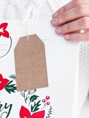 10 gab, Dekoratīvās birkas Priecīgus Ziemassvētkus, kraft papīrs, 5 x 8.5 cm