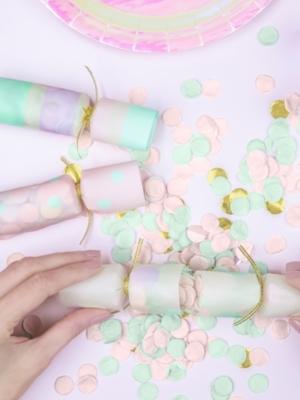 6 gab, Confetti krekeri, 3 x 17 x 3.5 cm