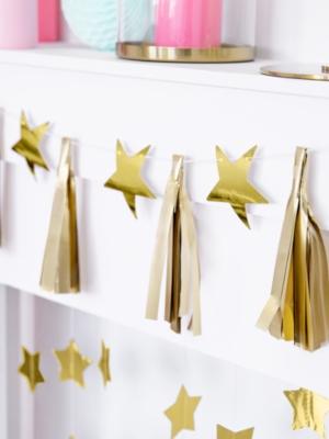 Papīra virtene - Zvaigznes, zelta, 1.3 m