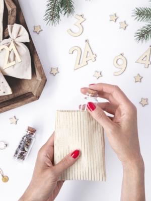 Adventas kalendārs, 24 maisiņi un cipariņi - Maisiņi