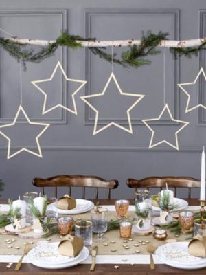 3 gab, Koka dekors - Zvaigznes