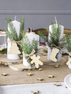 12 gab, Koka dekoratīvās etiķetes