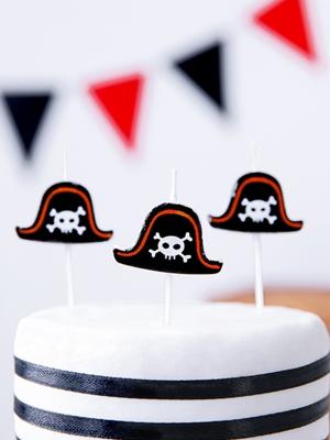 5 gab, Sveces - pirātu cepures, 2 cm