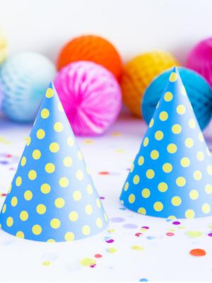 6 gb, Papīra cepures, zilā krāsā, 10 x 16cm
