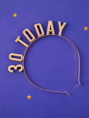 Metāliska stīpiņa, 30 Today, zelta